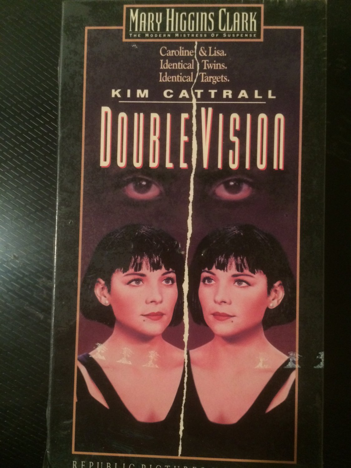 VHS - Double Vision (Kim Cattrall) - Used - NOT ON DVD