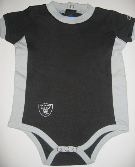 New NFL Oakland Raiders Infant Onesie Baby size 3/6M FREE SHIPPING!