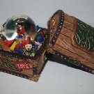 Home For The Holidays 2 pc Water Globe Toy Treasure Chest 1997