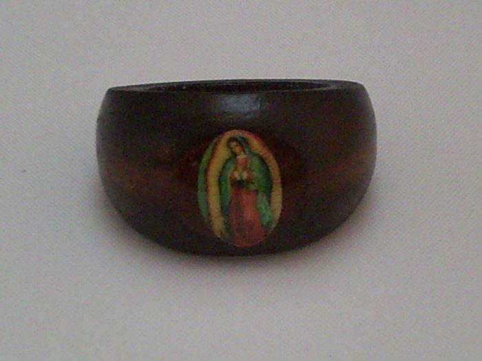 KCRIN 00008 Wood Maria Ring