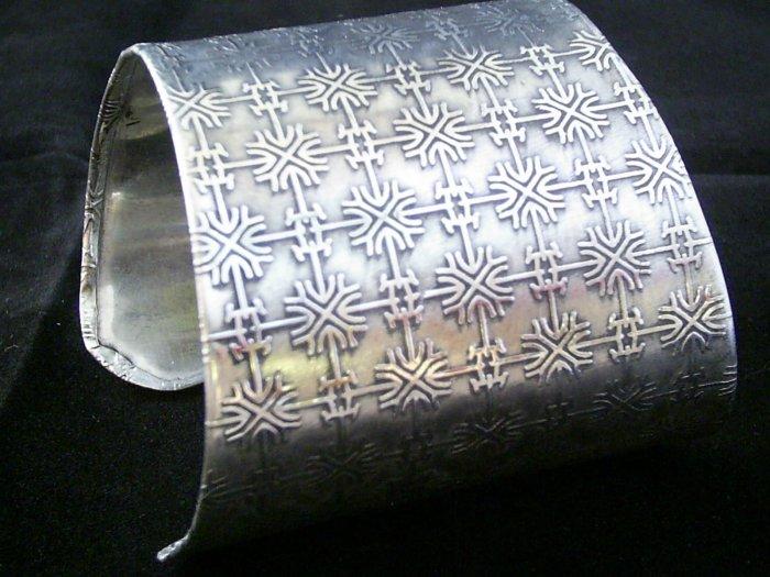 KCBRC 00004 Metalic Web