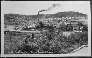 LUMBER MILL & TOWN VIEW-COOS BAY, ORE-VINTAGE RPPS REAL PHOTO POSTCARD Sawyer