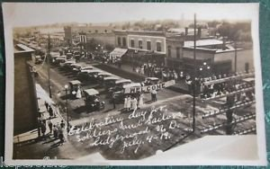 Lidgerwood, N Dakota-SOLDIER SAILOR DAY JULY 4,1919 VTG RPPC PHOTO POSTCARD-CARS