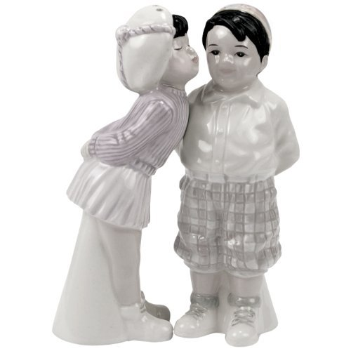 The Little Rascals Darla and Spanky Salt and Pepper Shaker Set