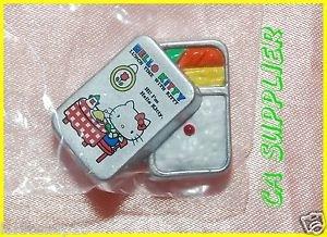 2005 Sanrio Bandai Retro Collection MINI Hello Kitty Magnet #11 Lunch Box Bento