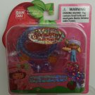 2003 Bandai Strawberry Shortcake Berry Sweet Wearables Party Time Angel Cake Necklace #15603