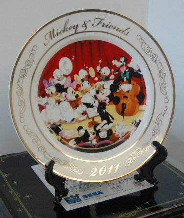 Sega Disney Mickey Mouse & Friends Ceramic Porcelain Display Plate w/ Stand #02
