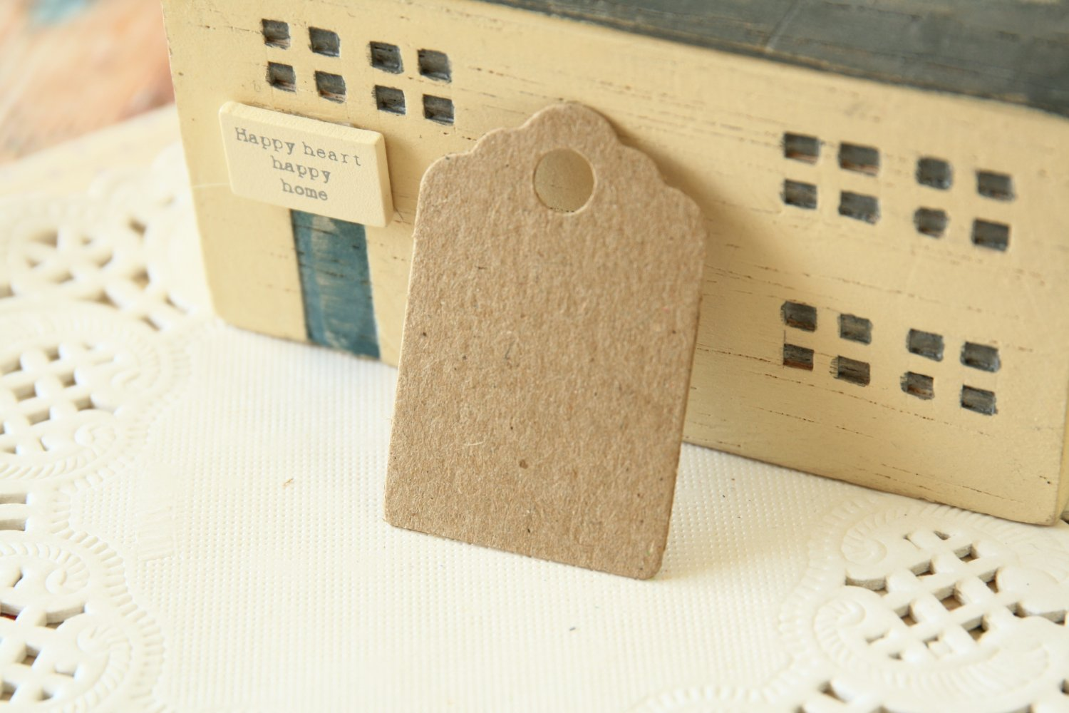 Plain Kraft Brown mini scallop swing tags