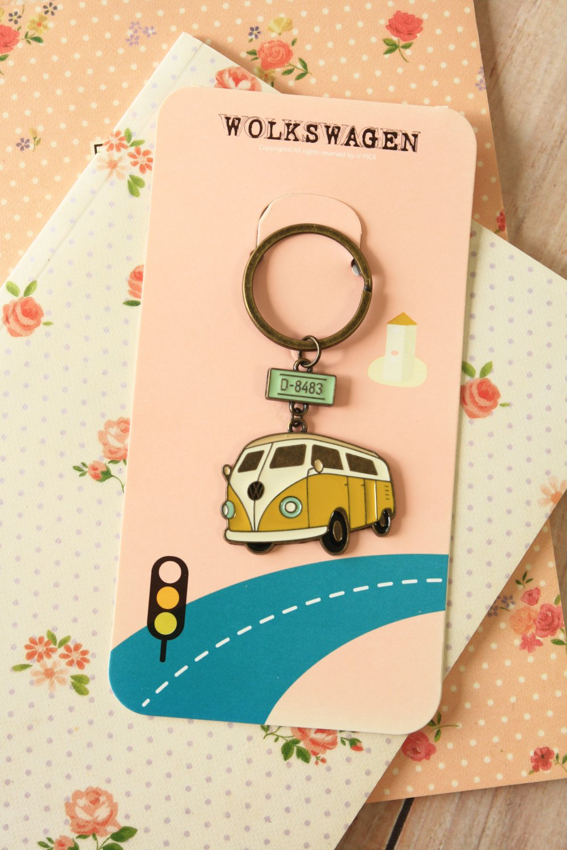 Camper Van U-Pick retro key chain bag charm