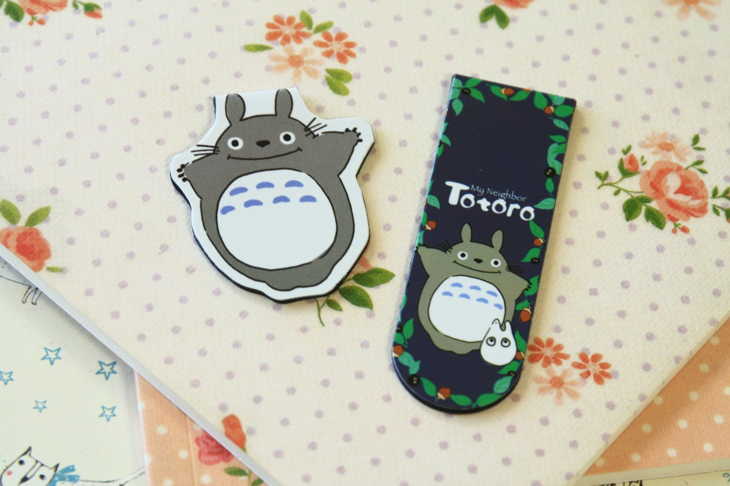 01 Totoro cartoon magnetic bookmark paper clips