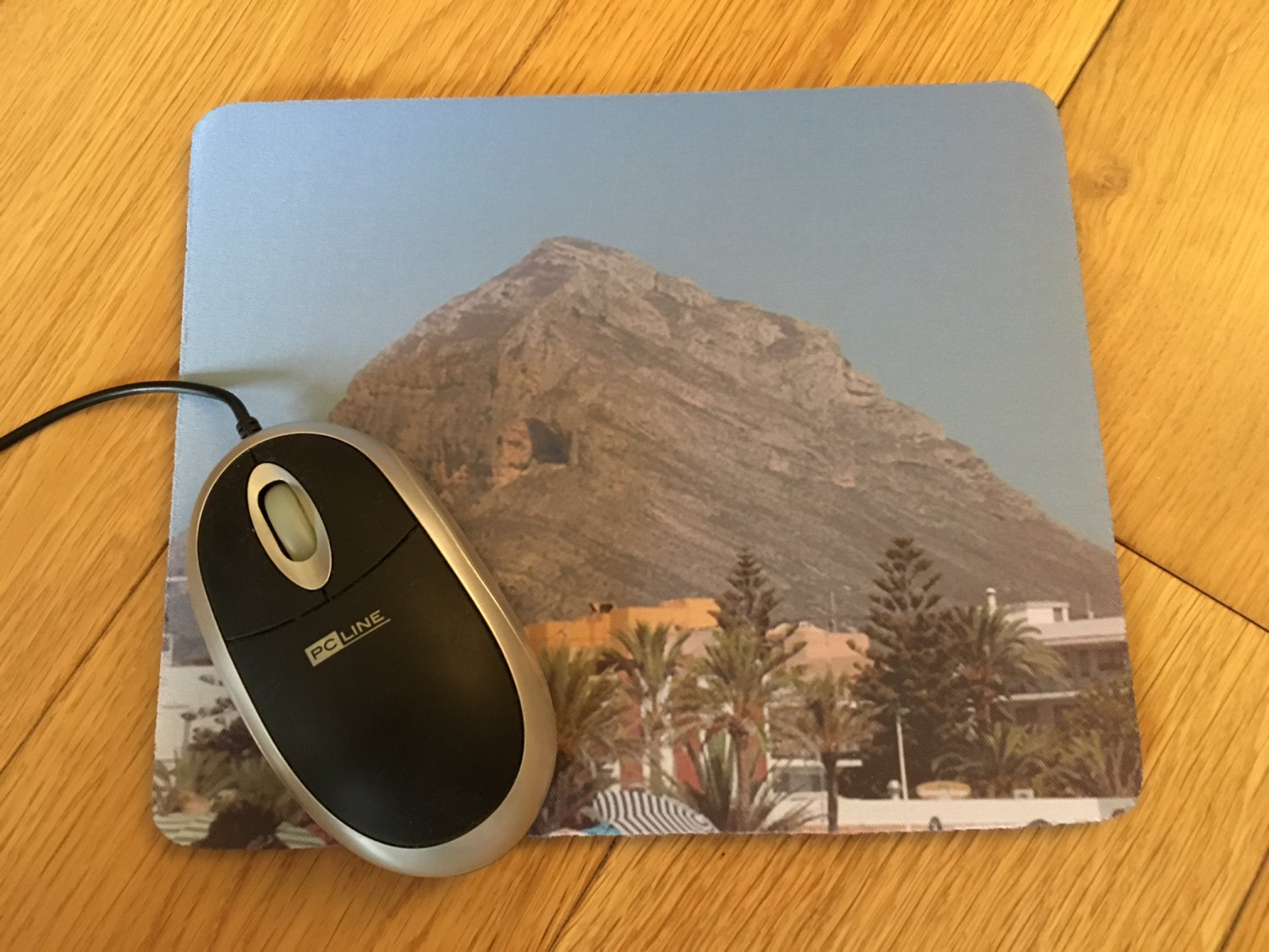 Personalized Photo Mouse mat. Customised Mouse Pad with Photo. Personalised wrist protector