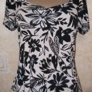 Women's black white blouse SUZIE IN THE CITY size small floral gathered front