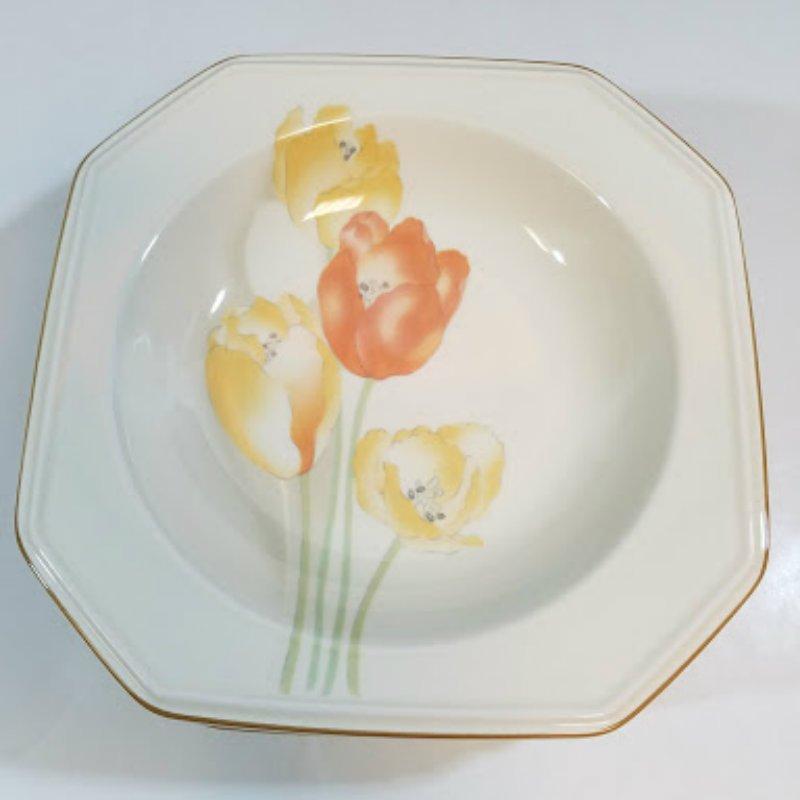 Mikasa Ivory Dutch Garden Soup Bowls Set of 5