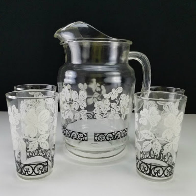 Glass Juice Water Pitcher with 5 Tumblers