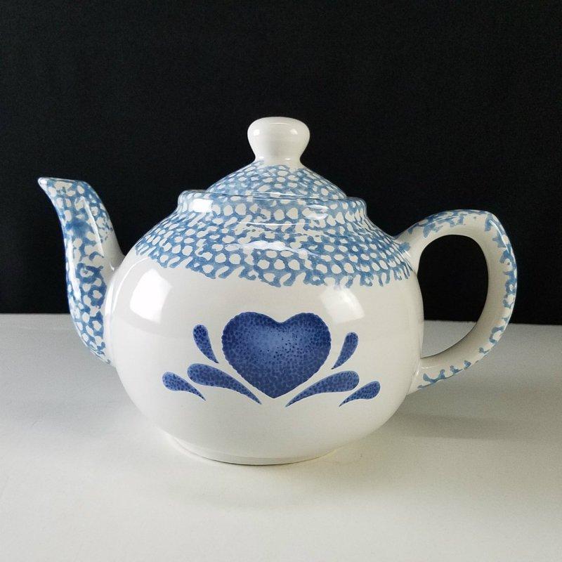 Teapot Sponge Pattern Blue Hearts