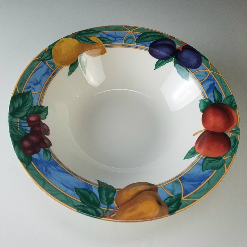 Victoria & Beale Forbidden Fruit Round Vegetable Bowl 10 3/4""