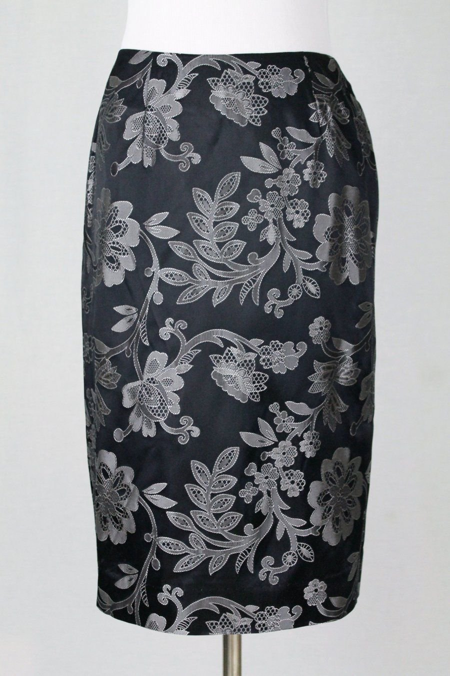 Lilly Pulitzer Black and Pewter Brocade Satin Fully Lined Pencil Skirt Sz 0