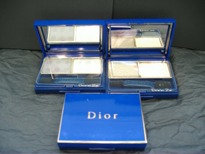 CHRISTIAN DIOR  EYESHADOW COMPACT - FREE SHIPPING