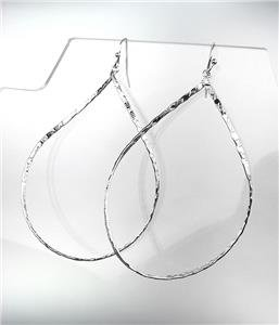 CHIC Lightweight Urban Anthropologie Silver Texture Oval Metal Dangle Earrings