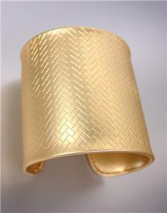 GORGEOUS & CHIC Mat Gold Weave Texture Metal Wide Cuff Bracelet