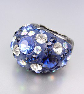 CHUNKY Sparkle Blue Crystals Oval Dome Stretch Cocktail Ring