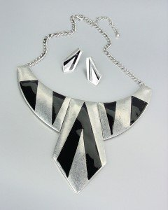 CHUNKY Rustic Antique Silver Black Lacquer Enamel Spike Drape Necklace Set