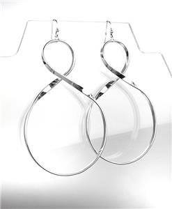 CHIC & UNIQUE Lightweight Silver Curved Twist Metal Long Dangle Earrings