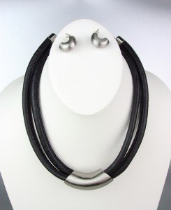 ARTISTIC SCULPTED Black Leather Cords Silver Satin Metal Barrel Necklace Set