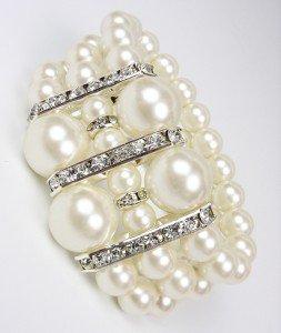 Elegant Boutique Creme Pearls CZ Crystals Stretch Bracelet