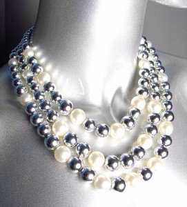 ELEGANT Layered Creme Pearls Silver Beads Drape Necklace Earrings Set