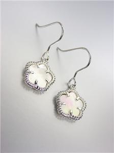 ELEGANT 18kt White Gold Plated Mother Pearl Shell CLOVER Petit Dangle Earrings