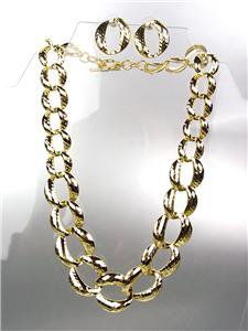 CLASSIC Graduated GOLD Metal Hammered Texture Chain Chains Necklace Set