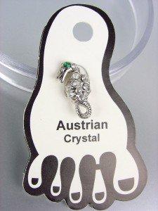 ADORABLE Clear Austrian Crystal SEA HORSE Invisible PETITE Toe Ring