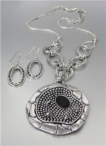 UNIQUE Antique Silver Dots Texture Marcasite Crystals Medallion Necklace Set