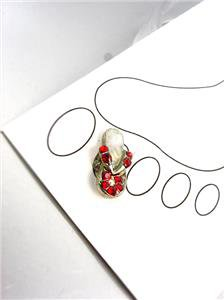 ADORABLE Red Crystals FLIP FLOP Silver Invisible Illusion PETITE Toe Ring