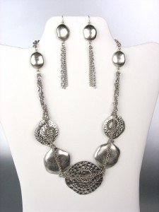 UNIQUE Brighton Bay Antique Silver Disks Chains Drape Necklace Earrings Set