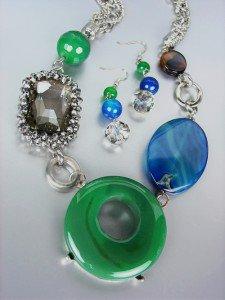 EXQUISITE Green Jade Cabachon Blue Agate Smoky Quartz Hematite Necklace Set