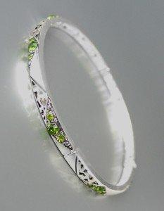 NEW Brighton Bay Thin Silver Filigree Olive Green CZ Crystals Stretch Bracelet