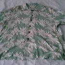 Old Maui Brand Hawaiian Hibiscus flowers casual Mens shirt size M Aloha