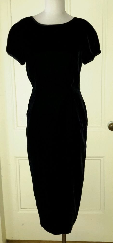 Papell boutique Velvet Satin Bow Formal bridesmaid prom Hourglass dress 8 long