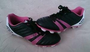 Youth Umbro Corsica Engage Baseball/Softball Soccer Cleats girls 4.5 pink black