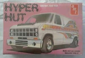 Hyper Hut Ford Custom Van Factory Sealed Vintage Kit AMT T419 419801 Model 1/25