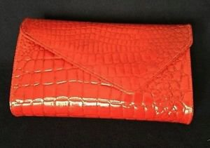vintage womens purse handbag baguette red