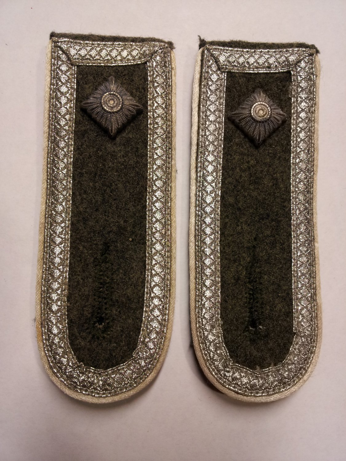 WWII GERMAN ARMY INFANTRY SENIOR NCO SHOULDER BOARDS