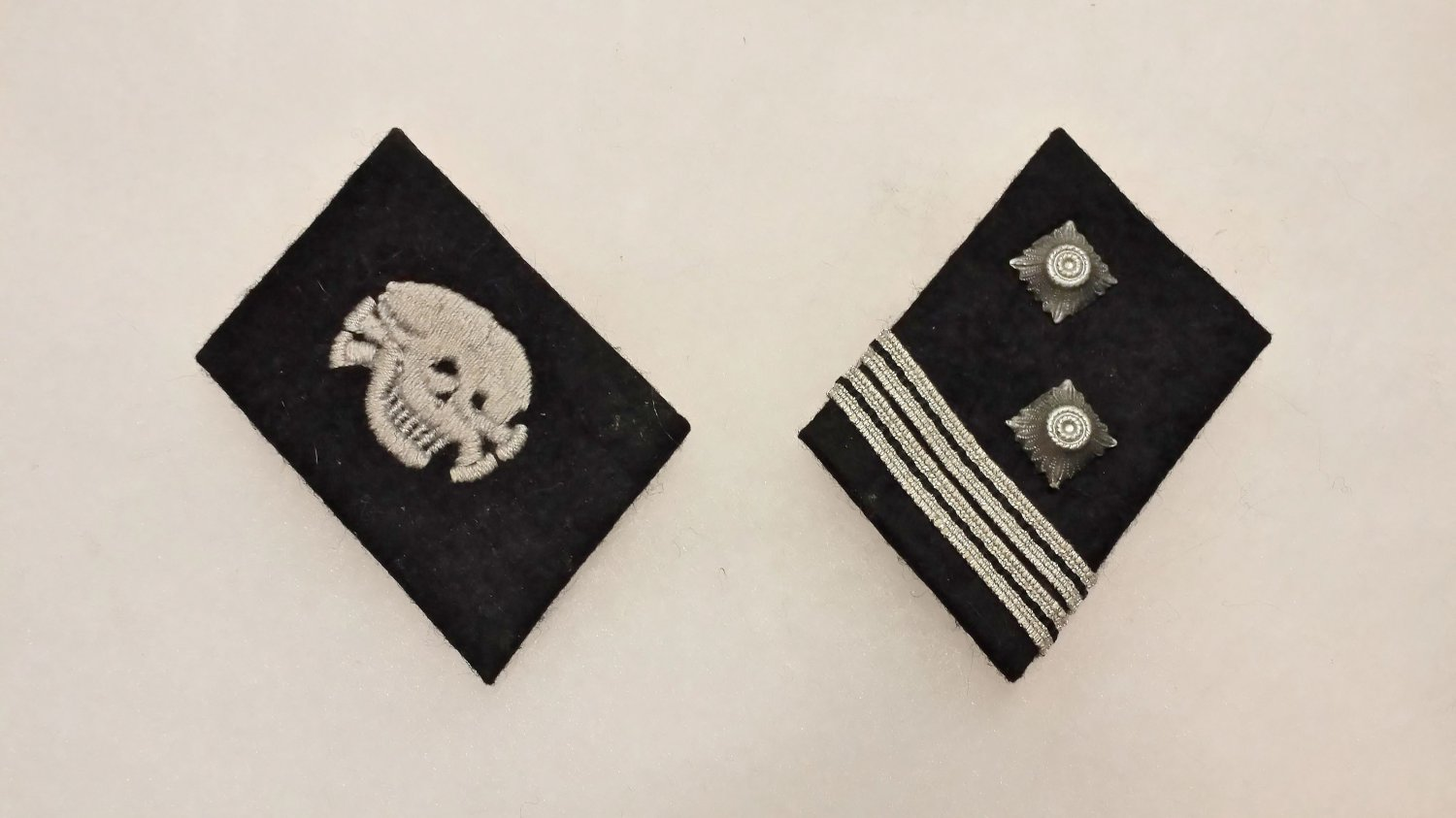 WWII GERMAN SS TOTENKOPF COLLAR TAB SET