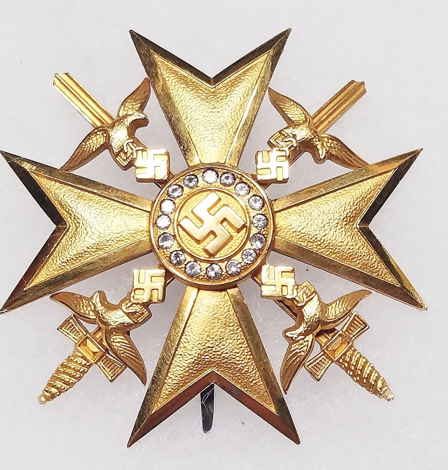 WWII GERMAN NAZI SPANISH CROSS IN GOLD WITH SWORDS AND DIAMONDS