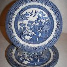 "CHURCHILL England BLUE WILLOW Dinner PLATES 10 3/8"" ~ LOT OF 4 MINT"