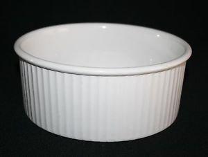 Copco White Ribbed Round Enamel Casserole Baking Dish Bowl Augratin