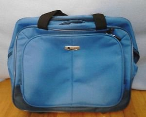 DELSEY Lightweight Luggage Blue Rolling Carry On Overnight Bag Exc Condition