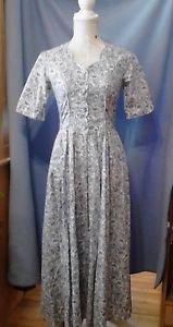 LAURA ASHLEY VINTAGE 1990's Long Dress Floral 100% Cotton USA 4 Scallop Neck